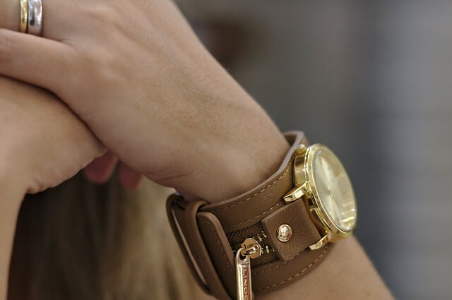 סוגים שונים של שעונים לאישה